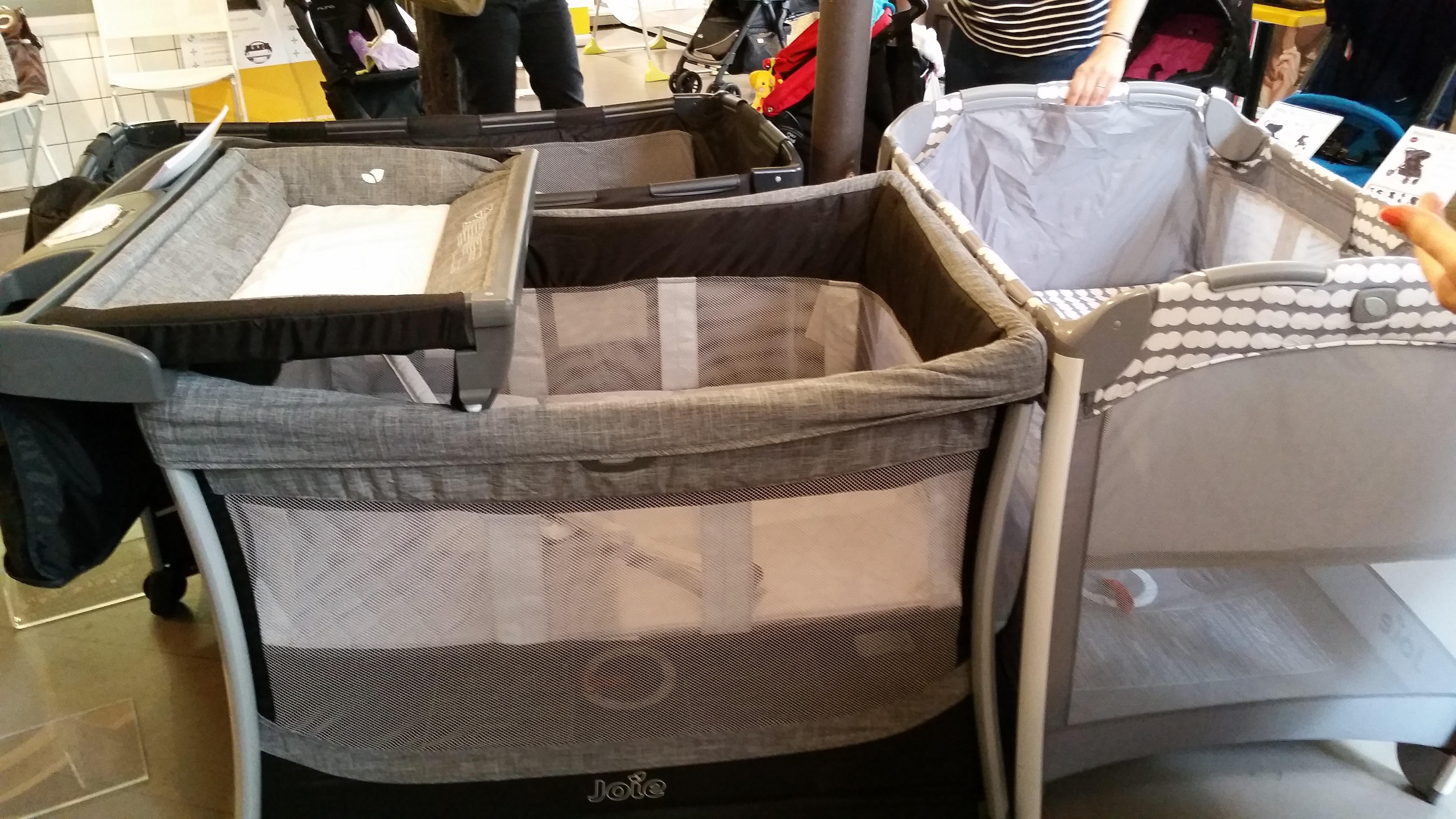 une journ e dans la joie et la bonne humeur event joie chroniques d 39 une maman en cdi. Black Bedroom Furniture Sets. Home Design Ideas