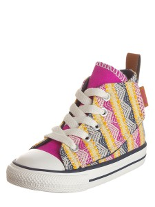 converse-sneakers-in-bunt