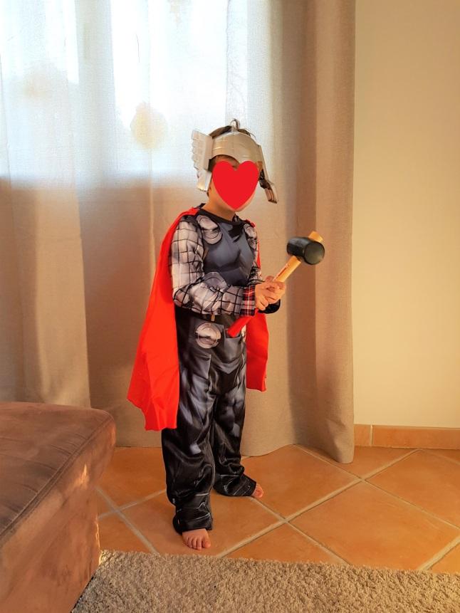 déguisement Thor.jpg